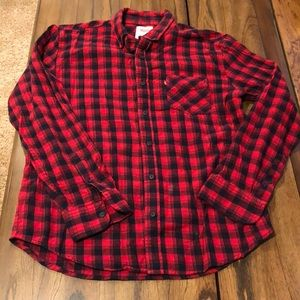 Red plaid Levi's flannel button-up